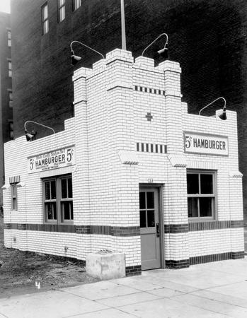 First_White_Castle_Restaurant_in_Ohio